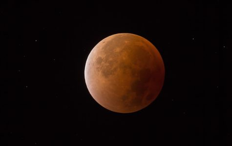 Rare Super Blue Blood Moon Appears after 35 Years
