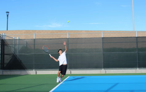 Boys' Tennis Defeated by Varsity