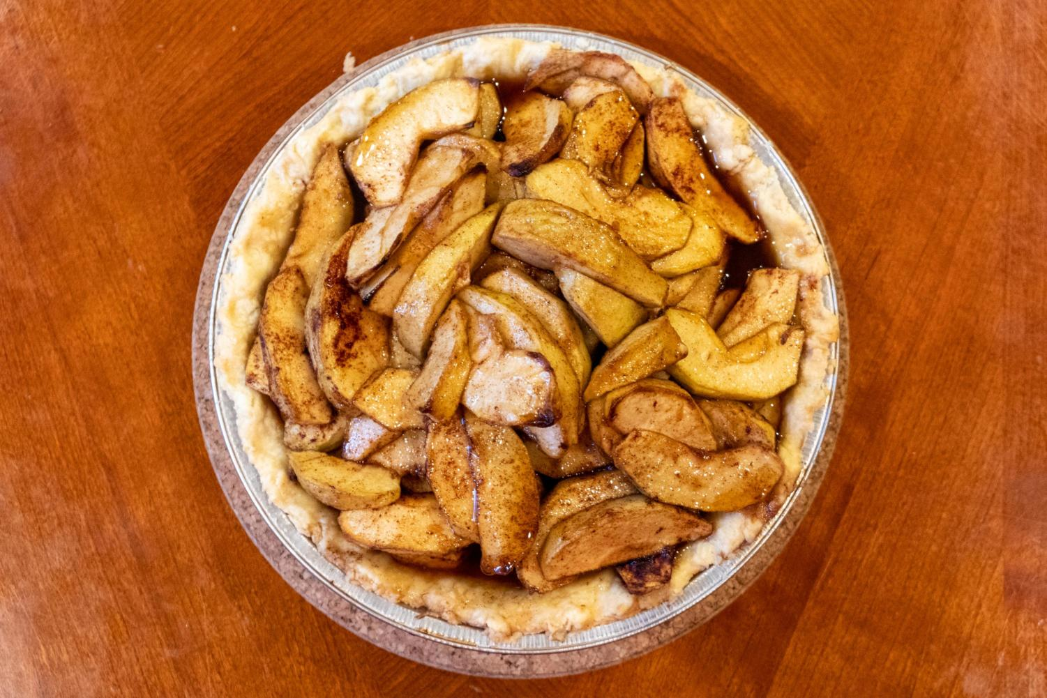 While the apple pie may look dry, the apples are full of moisture, which complement nicely to the flaky pie crust. If you have any vegan friends, fear not! The apples by its own are delicious.