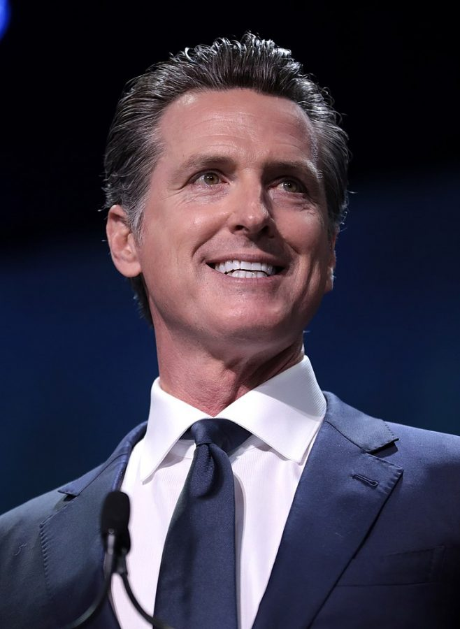 Gov.+Gavin+Newsom+pictured+speaking+at+the+California+Democratic+Party+State+Convention+in+2019+after+he+entered+office+in+January+of+that+year.+As+of+April+14%2C+New+York+has+202%2C208+confirmed+cases+according+to+the+New+York+Times%2C+the+state+has+especially+been+experiencing+a+shortage+in+ventilators+to+supply+patients+in+critical+condition.