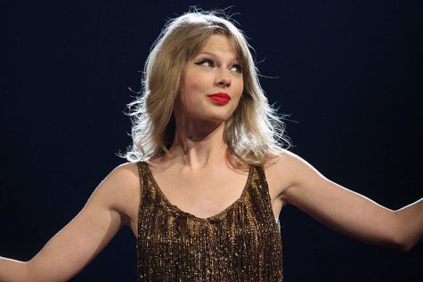 "Hours before the album's release, Swift took to Instagram on Dec. 11 to post promotional pictures for ""willow,"" the lead single off her surprise album ""evermore."" Just five months after the release of her previous album, ""folklore,"" Swift treats fans to a similarly-styled journey in her second surprise drop of 2020."